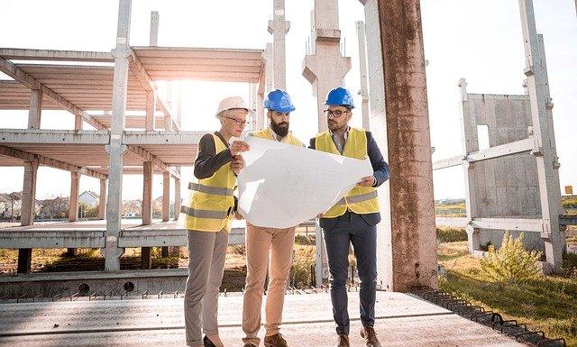Analiza wynagrodzeń inżynierów budownictwa na koniec roku 2020